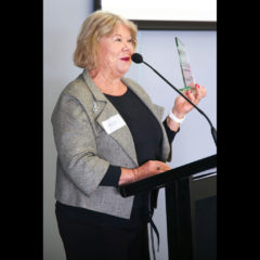 WAPETIA Member Robynne Walsh received 2018 CISWA WA Outstanding Individual in International Education Award